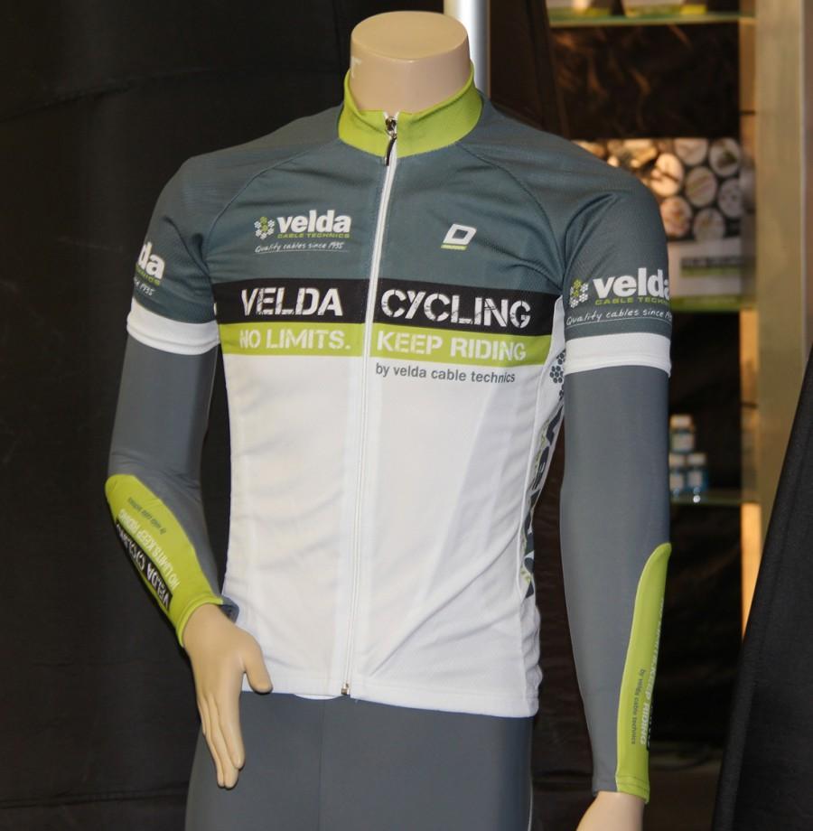 Velda Cycling wieleroutfit
